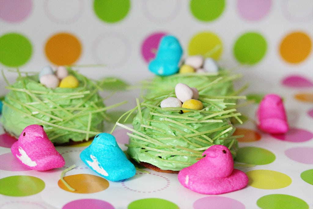 Bird nest bundt cakes for easter dessert