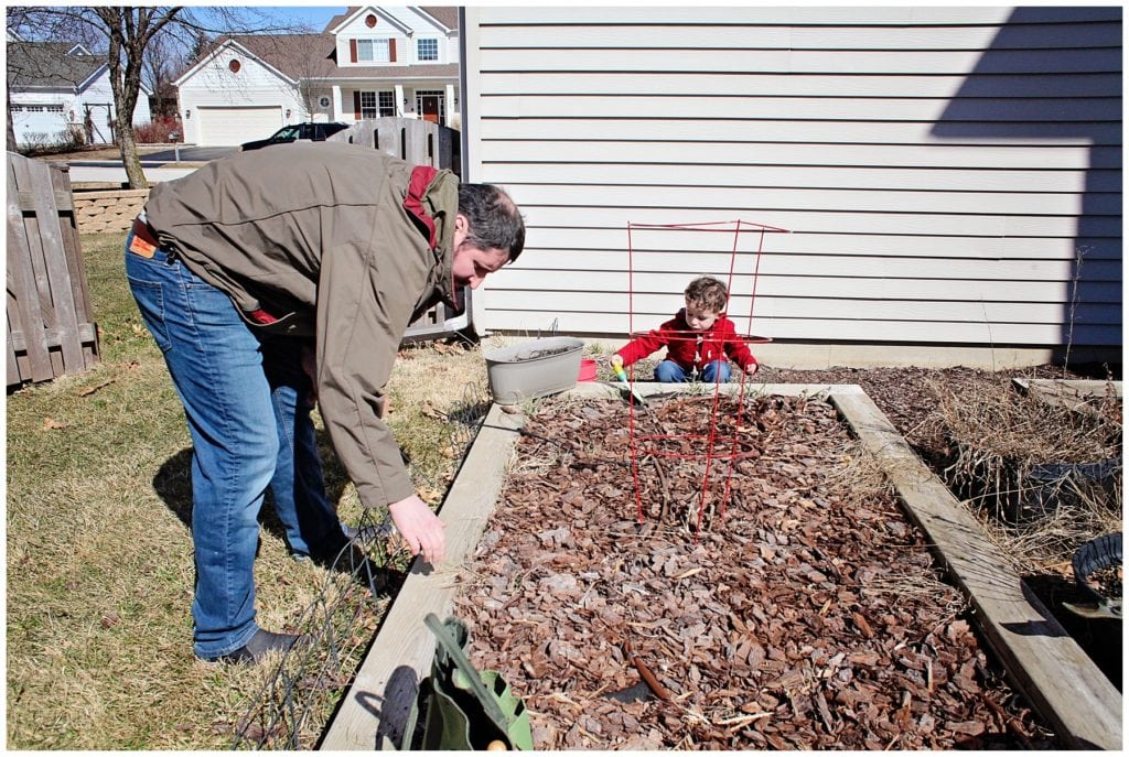 gardening with kids - The Everyday Mom Life