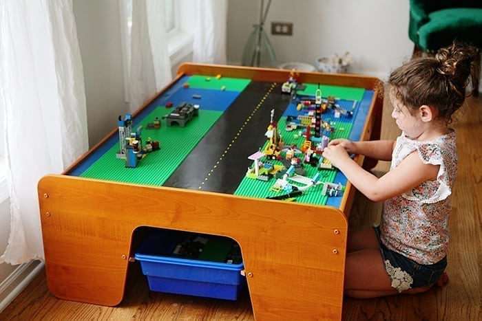 Phenomenal How To Turn An Old Train Table Into An Amazing Diy Lego Table Interior Design Ideas Apansoteloinfo