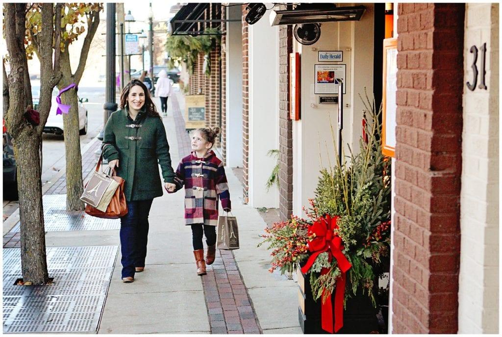 Christmas On A Budget - The Everyday Mom Life